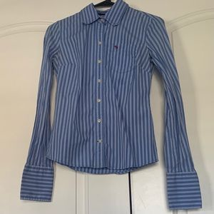 Ezra Fitch long sleeve button up blouse size small